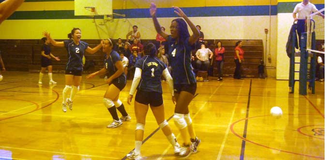 Fremont upsets Skyline in five set game