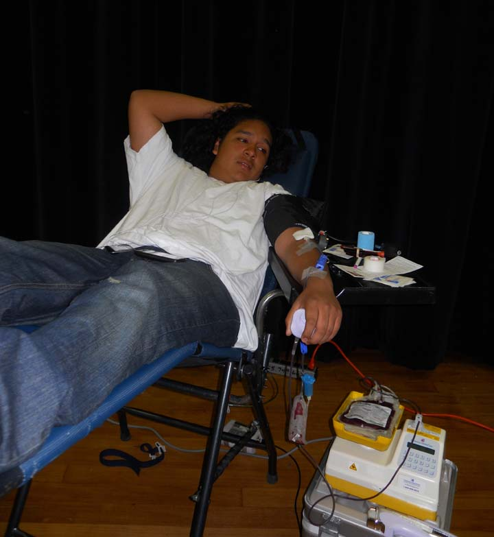 Students+save+lives+with+blood+donations