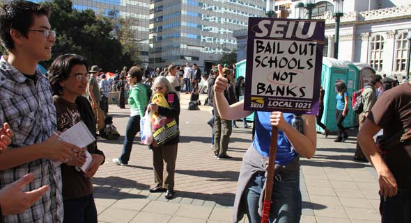 Occupy Oakland draws students, teachers to General Strike